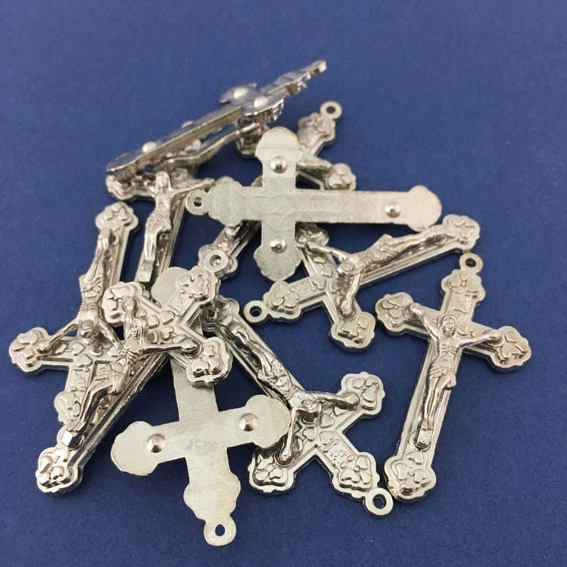 Religious Charm Pack of 15 Alloy Silver Crucifix Cross Charm Toronto Supplier Alloy Charm Canadian Supplier Silver Cross