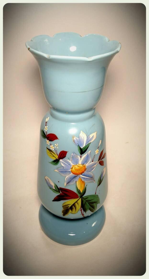 vase en verre souffl vintage en verre translucide bleu et etsy. Black Bedroom Furniture Sets. Home Design Ideas