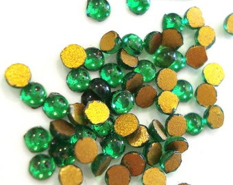 Vintage Green Glass Square Cabochons with Goldstone Inclusions cab071B 2