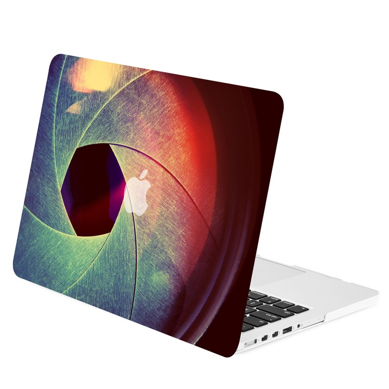 sports shoes 6c276 0b2ee Retina 15-Inch 3D Art Printing Graphics Rubberized Hard Case for Older  Generation Macbook Pro 15