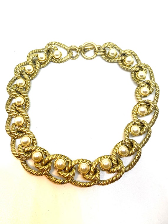 Kenneth Lane goldtone and faux pearls chain neckla