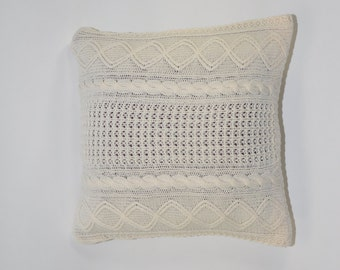 20in ivory acrylic cable knit pillow cover / vintage sweater knit pillow cover / decorative knit pillow / knitted throw pillow