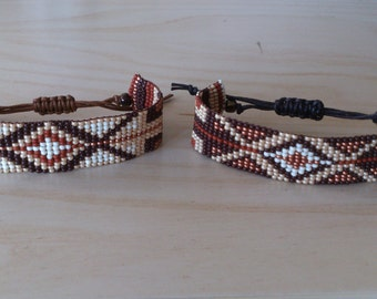 Loom beaded bracelet/Beaded bracelet with waxed cord