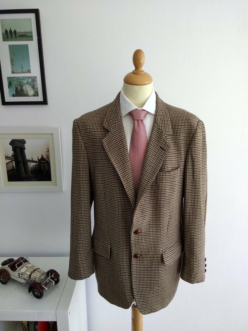 db049eb1d Blazer tweed de hombre con coderas, marca ZARA en tela pata de gallo.  Vintage 1980's.