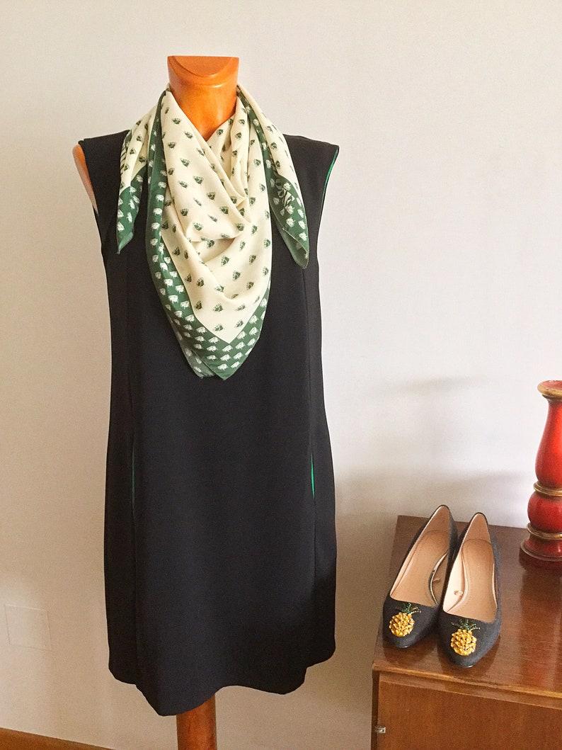 El Corte Ingl\u00e9s Vintage 90s Scarf Silk Green and Wthite Colors 36,2\u201d x 35,4\u201d