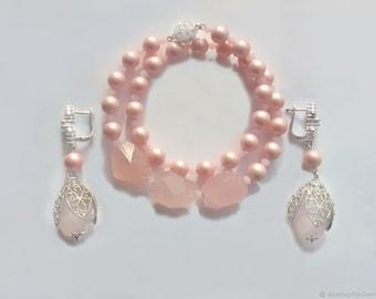 Set: earrings and bracelet of rose quartz