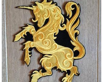 Large escutcheon applique pattern Unicorn Gothic 14cm wide