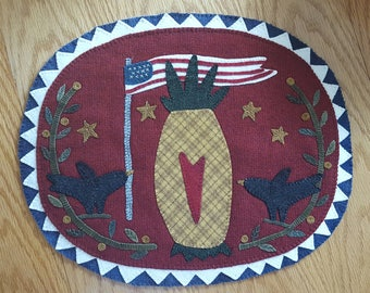 Patriotic Welcome Wool Mat - Handmade - Americana - Free Shipping