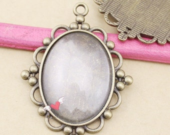 Wholesale-20pcs Antique Silver tone/Antique Bronze Oval Base Setting Tray Bezel Pendant Charm/Finding,fit 30mmx40mm Cabochon/ Picture/Cameo