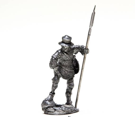 Tin Soldier Hundred Years War 54 mm English knight with a halberd