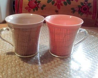 intage Mid Century Raffia Melmac Plastic MCM Peach and Mocha coffee cups set of 2