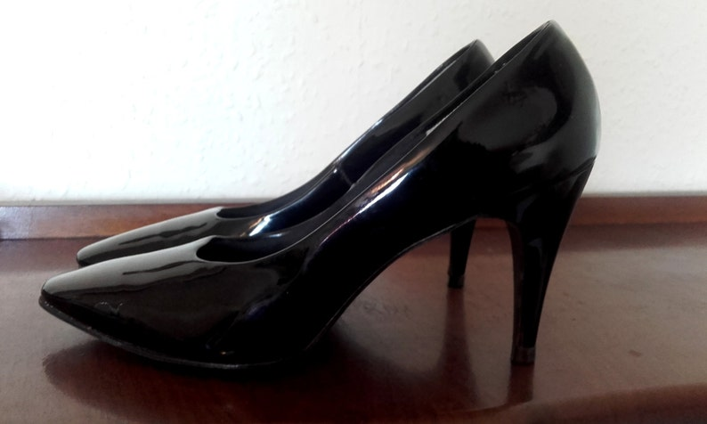 31f541a6be3912 Vintage Black patent pump Qualicraft shoes kitten heel US Size