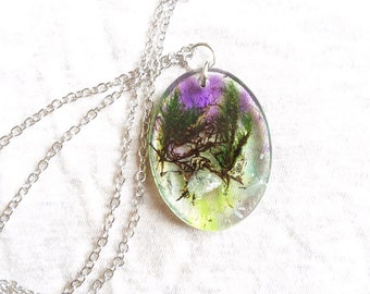 Dreamy Moss necklace