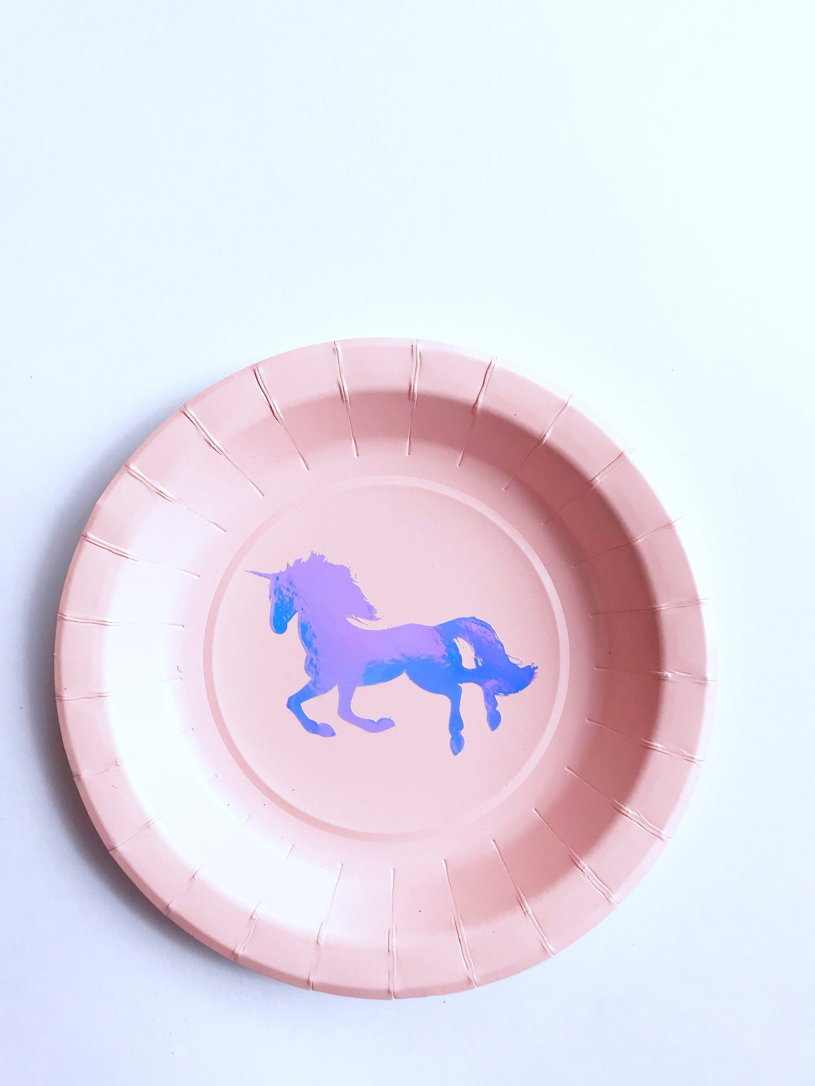 Unicorn Paper Plates for 12 Guests