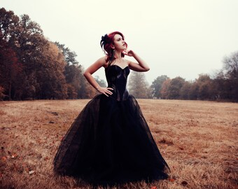 """Dress """"Filament"""" // Black corset dress with thule skirt and made to measure corset."""