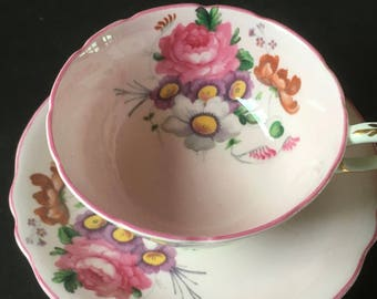 Beautiful Pink Paragon Rose Bouquet Cup and Saucer