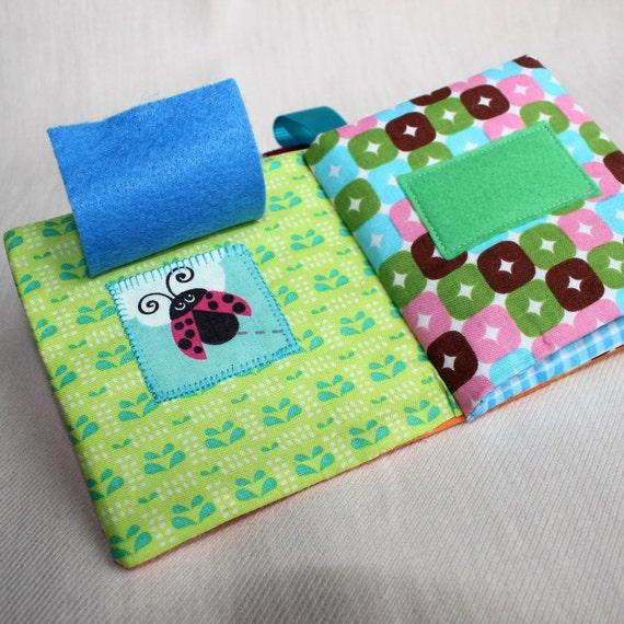 Livre Eveil Livre A Toucher Bebe Montessori Cadeau Naissance Jeux Eveil Livre Tissu Bebe 0 6 Mois