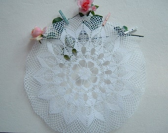 Elegant lace centerpiece made by hand crochet. Shabby chic. Romantic Crochet House. Delicate Italian Style lace