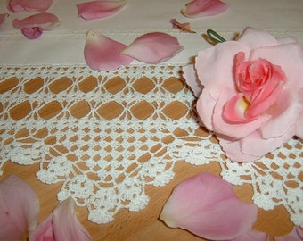 Lace for crochet border. Triangle motifs. Edge for shelves and cupboards. Shabby chic style. Romantic Lace House to order.