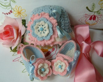 Handmade crocheted hat and shoes in pure 100% wool in the colours blue, white and pink. Crochet Baby Fashion Winter