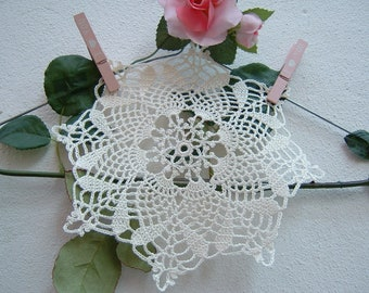 Centrino Crochet hook door-ivory cotton favor center-souvenir for guests-hand made wedding gift