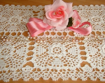 Rectangular placemat made by hand crochet. White Cotton Center. Shabby chic. Lace centerpiece. Romantic House.