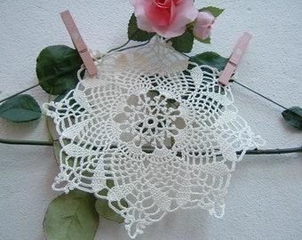 Centrino Crochet hook door-ivory cotton favor center-souvenir for guests-hand made wedding gift