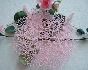 Centrino Lace Crochet-pink cotton center-Romantic house decoration-handmade crochet-colored centerpieces