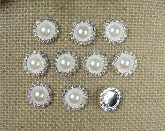15mm Diamante Crystal Pearl and clear Cluster 82a380f67143