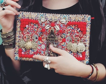 Ethnic clutch bag SARALIALACA embroidered in France with old jewelry from Afghanistan, shells and pompoms - Ethnic leather handbag