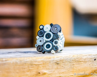 Black and White Ring Abstract Statement Paper Jewelry Modern OOAK Eco Friendly Ready to Ship / Ασπρόμαυρο δαχτυλίδι από χαρτί