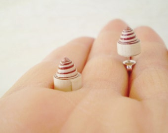 Spiral Cone Stud Earrings Beige Brown Bronze Minimal Unisex Eco Friendly Jewelry Made With Paper FREE SHIPPING / Σκουλαρίκια από χαρτί