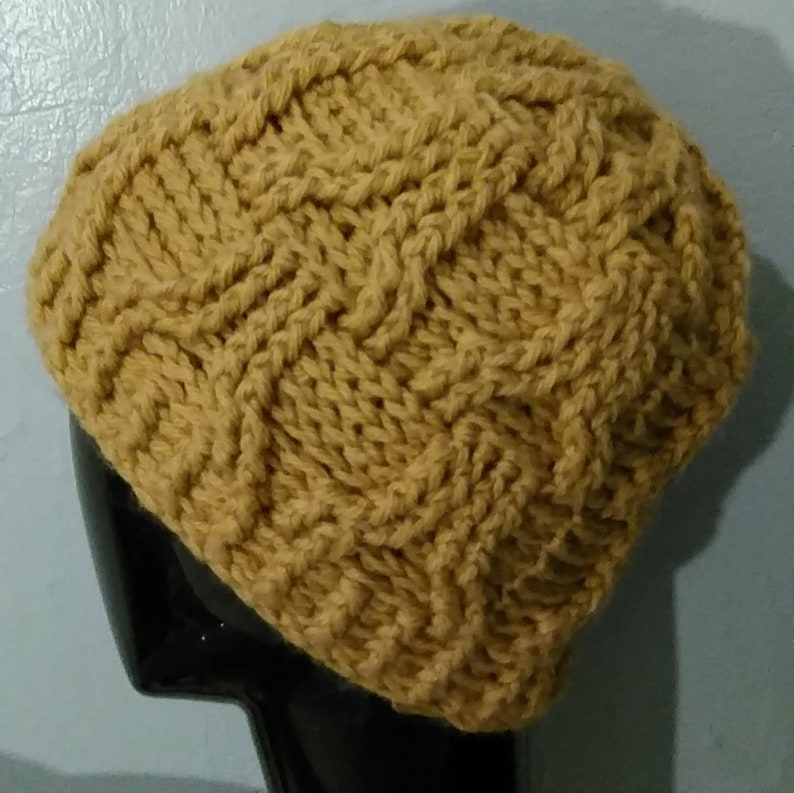 Eiffel Cable Hat and Mitts Crochet Pattern image 0
