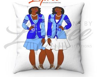 Amicae Pillow: Diva Carrington