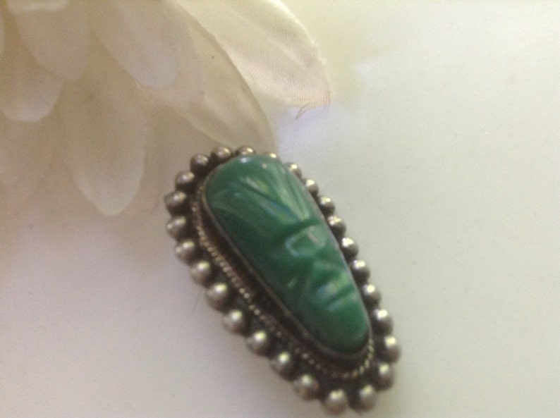 82fdccd86d331 Sterling Scarab Face Brooch Pin Green Onyx MAYAN Mask 925 Jadeite Carved  Oval Beaded Surround Bezel Set Tribal Mexico Mexican Vintage