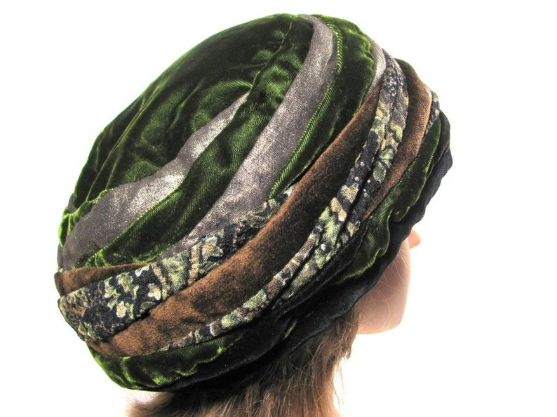 378ab0c01854b Green Gold BERET Special Occasion Velvet Patchwork Hat Magic