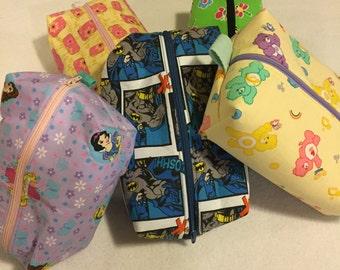Medium Zipper Multi-Purpose Totes: purple fall leaves, disney princess, hawaiian, Batman