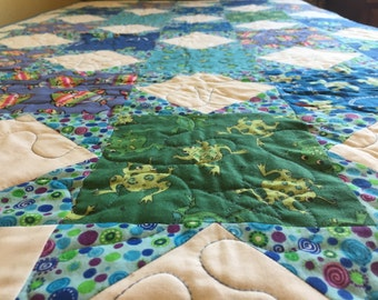 Underwater Stars Baby Quilt in Blue, Green, and White