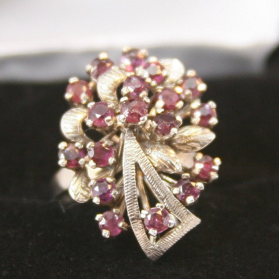 Vintage Sterling Silver Ring 925 Cluster Ruby Ring - image 1