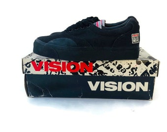 956337dd015c 90s vision street black Canvas Skate Shoes youth size 3