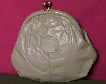 Vintage, 1960's, Taupe Leather, Kiss Lock Clutch Purse