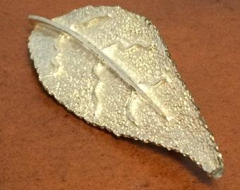 Silver Tone Veined Leaf Brooch