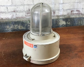 Crouse Hinds VMV75 Industrial Explosion Proof Light Fixture, Emergency Lighting
