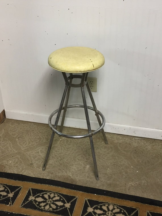Terrific Vintage Mid Century Cosco Chrome Kitchen Stool With Yellow Padded Seat Ibusinesslaw Wood Chair Design Ideas Ibusinesslaworg