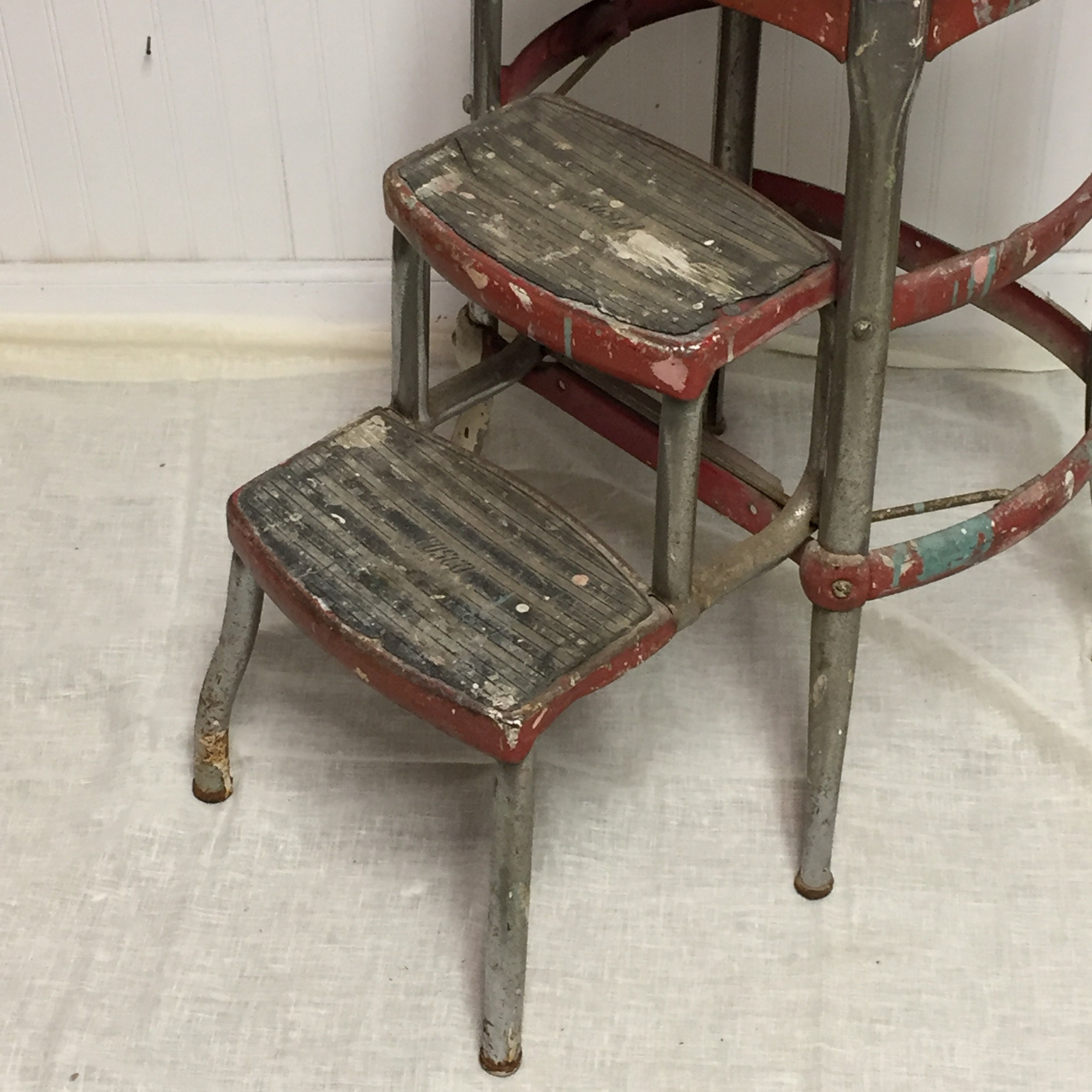 Enjoyable Shabby Red 1950S Cosco Metal Step Stool Chair With Pull Out Ncnpc Chair Design For Home Ncnpcorg