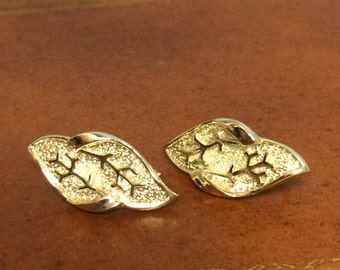 Coro Silver Tone Veined Leaf Clip-on Earrings from 1950's