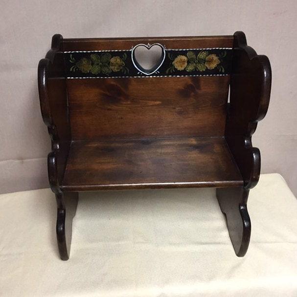 Wondrous Vintage Wooden Childs Bench Teddy Bear Bench Doll Bench Inzonedesignstudio Interior Chair Design Inzonedesignstudiocom