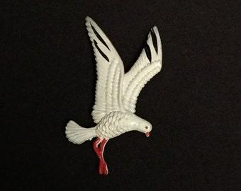 Vintage Seagull Pin, Celluloid, Plastic, Bird Brooch, Made in Hong Kong, White Bird, Beach, Seashore Pin