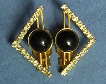 Vintage Gold Tone V-Shaped, Triangle, Clip On Earrings, Rhinestone and Black Stone Earrins