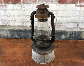 Antique Dietz No. 2 Blizzard Kerosene Lantern, Carriage Lantern, Inspector's Lamp, New York, USA